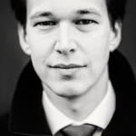Gregor Servais is een Nederlandse portretfotograaf gevestigd in Den Haag